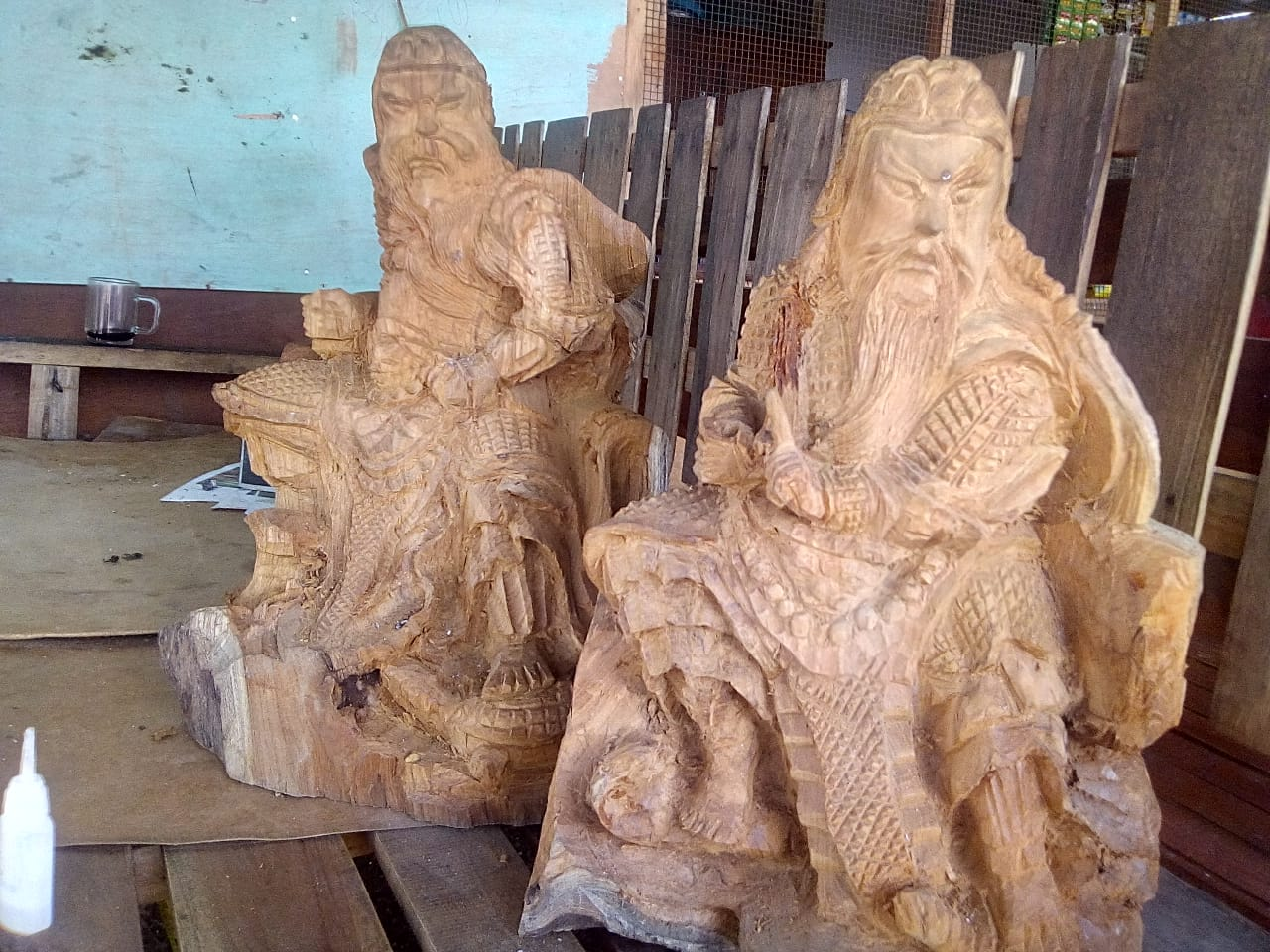 Sutoyo Seniman Patung Kayu Ukir Dari Jatirejo Cepu