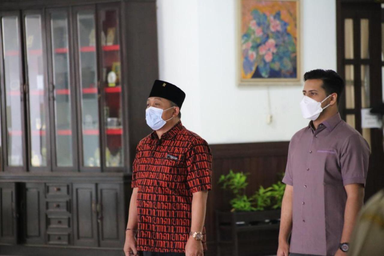 Kobarkan Semangat Nasionalisme DPRD Kota Malang Wajibkan Nyanyi Lagu Indonesia Raya