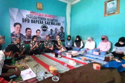 Barisan Pemuda Nusantara (BAPERA) Memberikan Bansos Sembako Kepada Puluhan Warga Poncokusumo