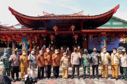 Capai Target Vaksinasi Nasional Polres Jombang Menggelar Vaksinasi Covid-19 di Rumah Ibadah Klenteng